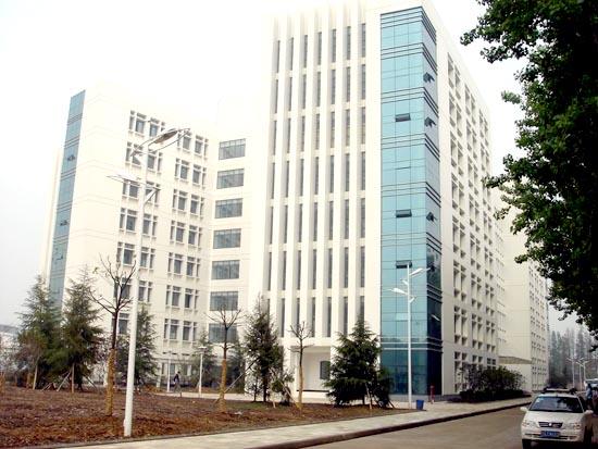2013年湖北大学自考10月自考报名时间