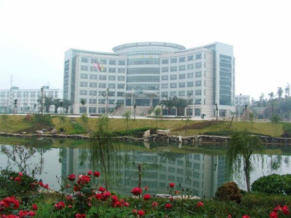 2014年中南财经政法大学10月自考专升(套)本报名时间