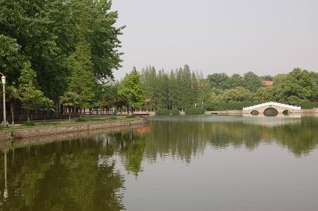 2014年武汉工程大学10月自考专升(套)本报名时间